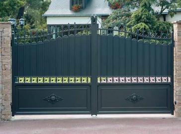motorisation de portail et t l commande de portail une grande diversit labelhabitation. Black Bedroom Furniture Sets. Home Design Ideas