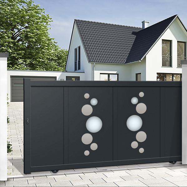 Un portail coulissant en aluminium design
